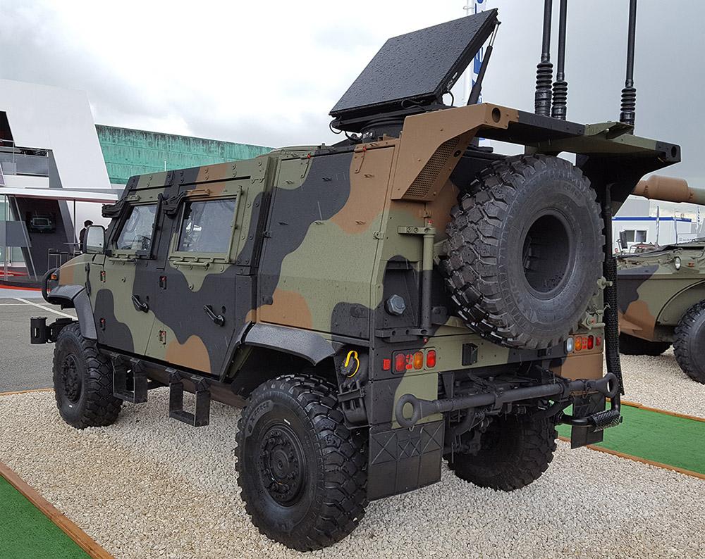 Češka potrdila naročilo 80 vozil Iveco LMV 4x4