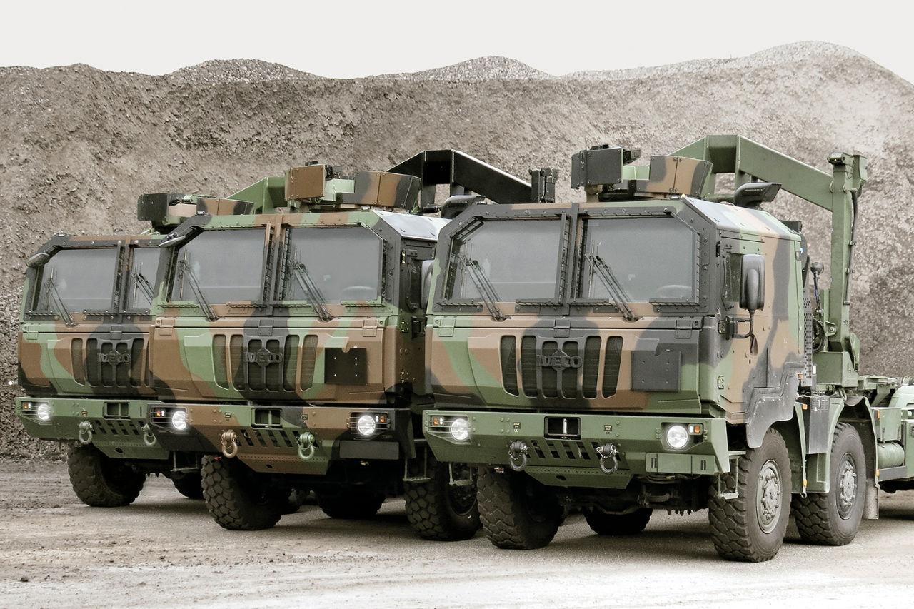 Romunske oborožene sile z novimi tovornjaki Iveco